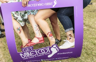 Barefoot Wine & Bubbly has been taking its #BareYourSole campaign directly to the people with the Barefoot Tat-Toe Parlour appearing at events throughout August.