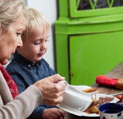 Bisto has launched 'Open Door Sunday', a new initiative to encourage neighbours in Britain to enjoy a good meal together and get to know each other. The initiative is part of Bisto's Together Project to bring people together, and follows Bisto's 'Spare Chair Sunday' campaign in 2015 which encouraged people to volunteer to invite a lonely older person for Sunday lunch.
