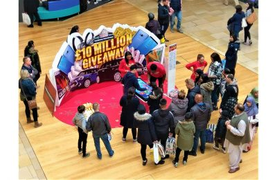 Carphone Warehouse has launched a £10m giveaway promotion, its biggest ever. The campaign gives customers a guaranteed reward for spending in store from November through to Christmas.