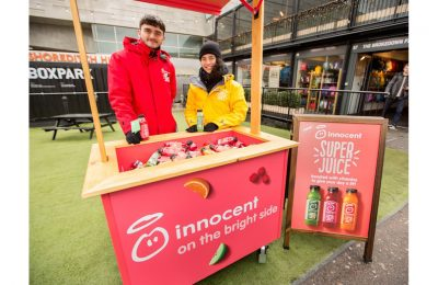A new campaign to support the launch of Super Juice, innocent's most 'nutritionally dense' juice, is giving Londoners the chance to try the three recipes (Apple, Pear and Cucumber, Raspberry and Cherry, and Orange and Blood Orange) while out and about in the UK capital.
