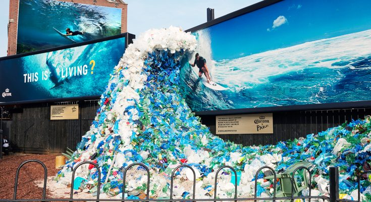 Mexican beer brand Corona and charity Parley for the Oceans are taking their partnership combatting marine plastic pollution to the global stage by hijacking iconic symbols of paradise for today's World Oceans Day (June 8th 2018).