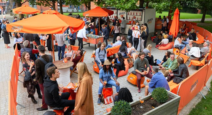 Italian spirits brand Aperol is bringing its Aperol Spritz Sundial Social back to London's Southbank, offering Londoners free Aperol Spritz serves when the 20 foot wide Aperol sundial strikes 'aperitivo hour' at 5.00pm.